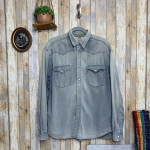 Vintage Levi's Chambray Denim Button Down Top